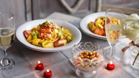 Tagliatelle with Salmon and Avocado