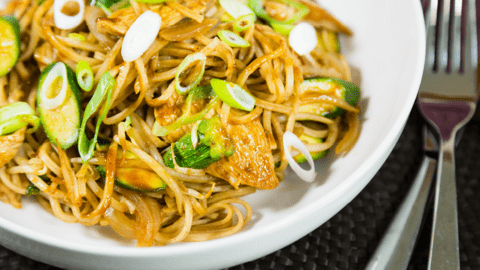Hoisin Chicken Noodles