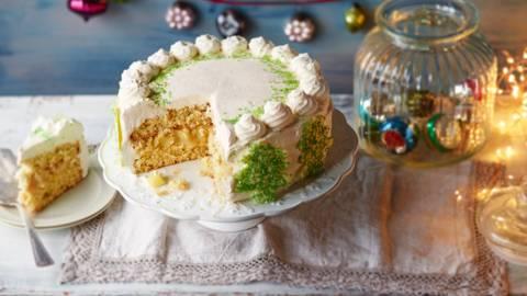 Apple & Gingerbread Cake
