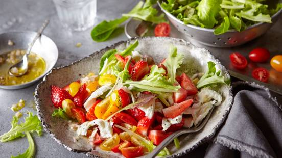 Colourful Tomato Salad with Strawberries