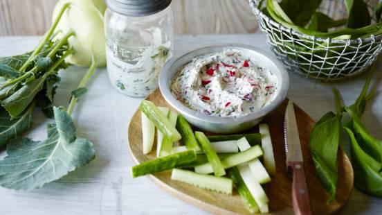 Garlic Dip with Radish