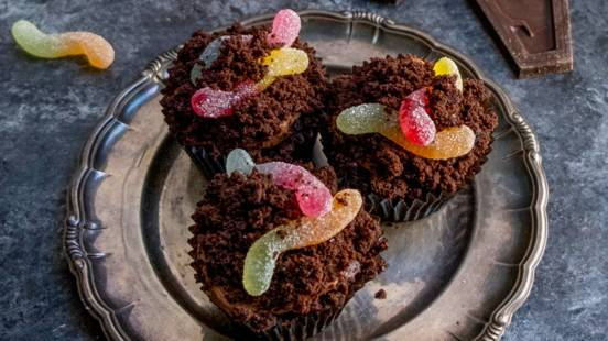 Mud Cupcakes with Jelly Worms