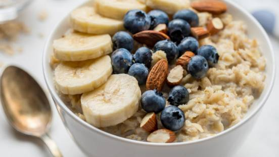 One Pot Overnight Almond Oats