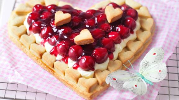 Heart shaped cherry tart