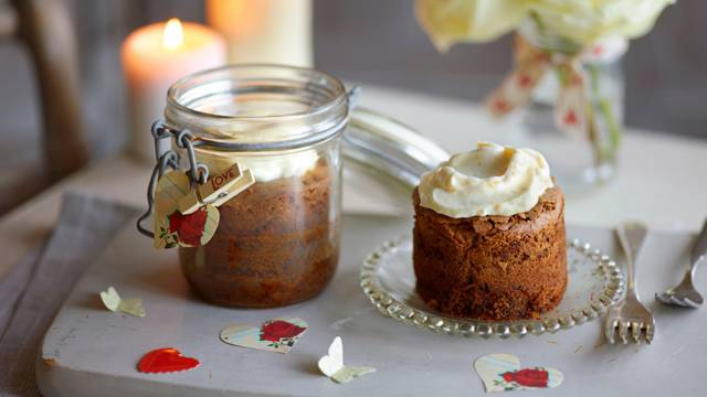Ginger brownies topped with Apricot Cream