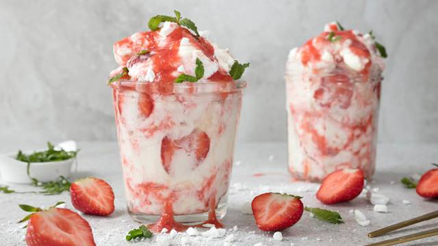 srewberry_eton_mess