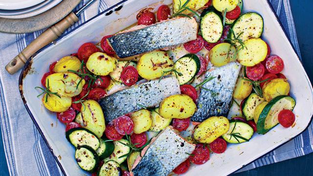 Summer salmon tray bake
