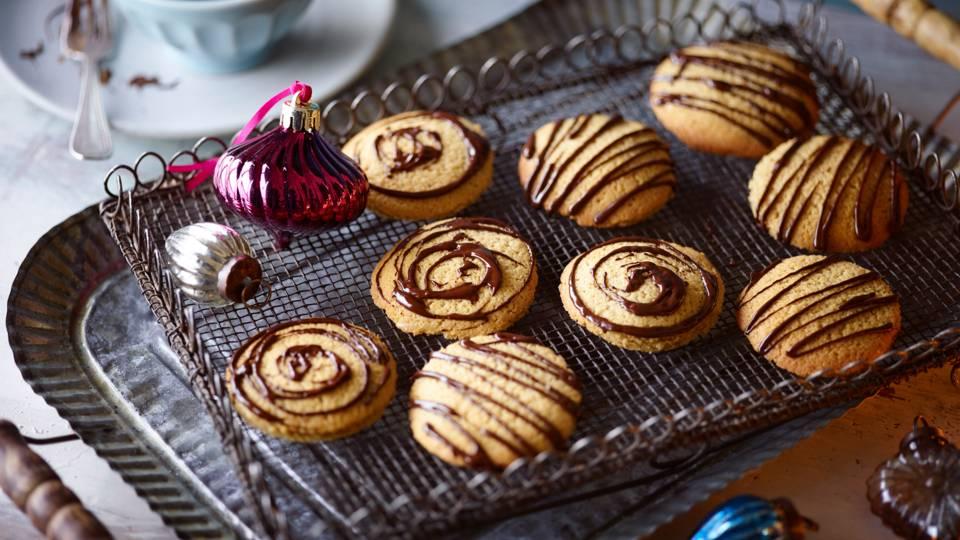 Cinnamon Nutmeg Biscuits